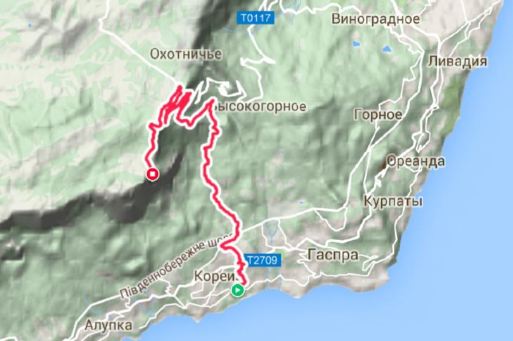 На треке маршрута видно, что мы ушли намного правее тропы